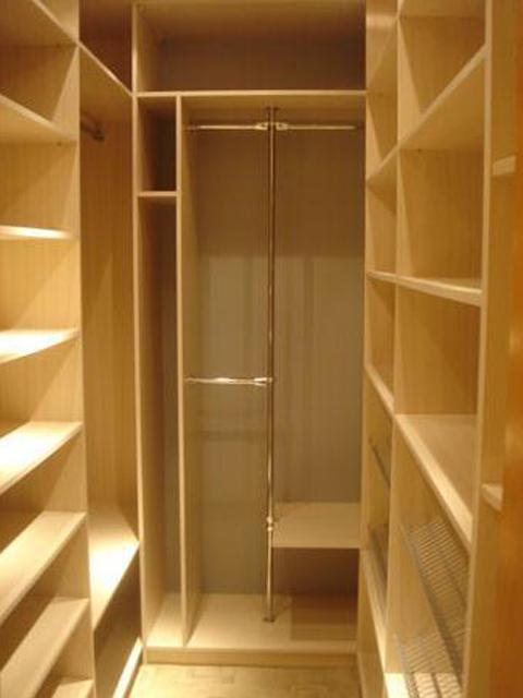 Шкаф в комнату своими руками